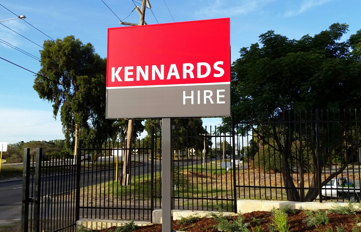 Pylon Sign for Kennards Hire