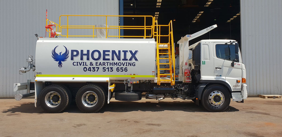 Mine-spec water cart for Phoenix Civil and Earthmoving - Side view