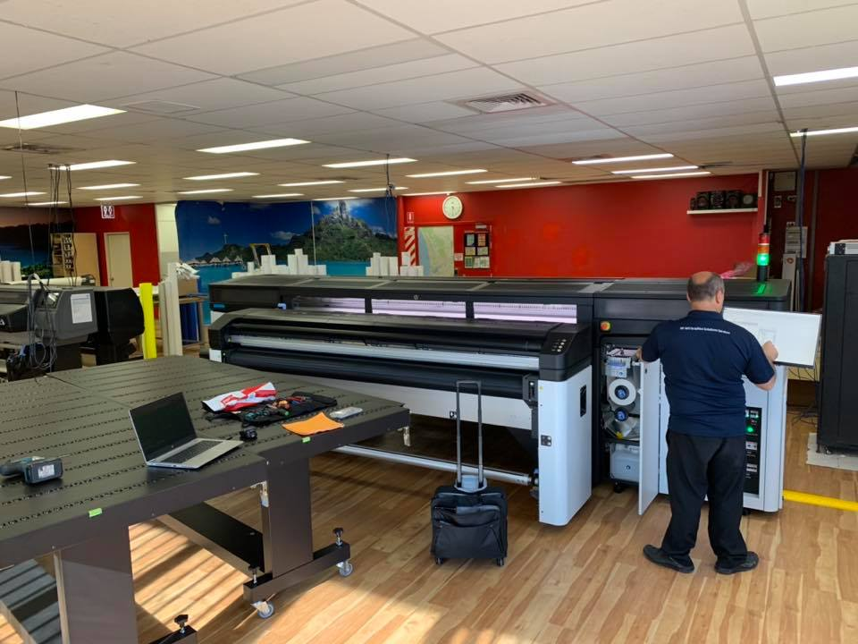 Installing and setting up our new HP Latex R2000 Printer